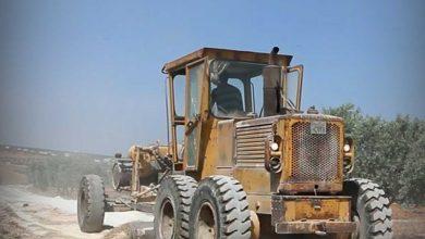 """Photo of جانب من أعمال صيانة وتعبيد طريق """"إدلب  باب الهوى"""""""