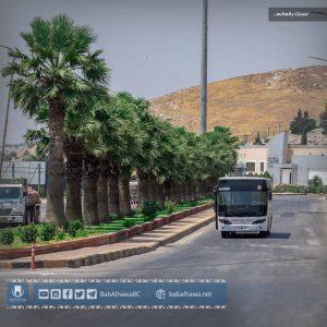 حافلة نقل مسافرين في معبر باب الهوى الحدودي