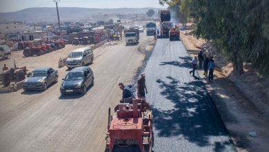 Photo of مد المجبول الزفتي ضمن أعمال المرحلة الثانية من مشروع توسعة وصيانة عقدة مواصلات سرمدا – باب الهوى